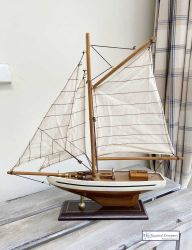 Small Sailing Boat Model - Cream/Brown Hull