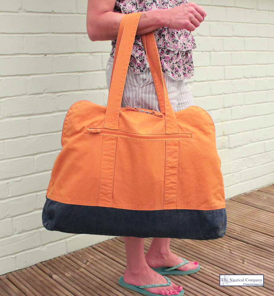 Art Décor: Large Beach Bag With Zip, Mango Orange